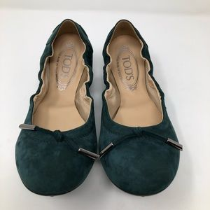 Tod's Dee Laccetto Sz 38 US 8 Green Suede Slip On